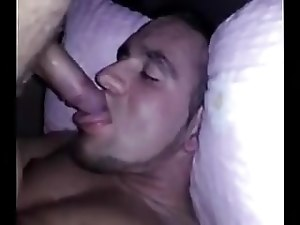Guy self sucks and gives himseld a thick cumload facial