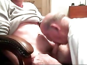 Grandpa sucking a nice cock