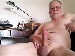 Hard cock pissing fun...
