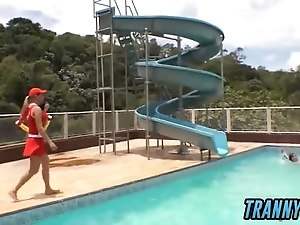 Tranny Baywatch Babes Fuck Obedient Guy By The Pool