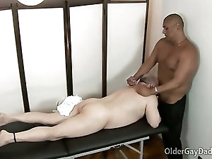 Massage turns to hardcore gay daddy sex